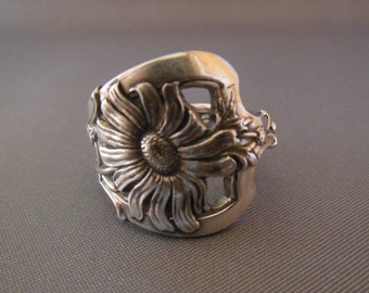 Daisy Antique Spoon Ring   Sterling Silver  Size 6.75