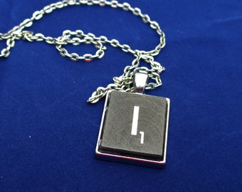 SCRABBLE INITIAL I NECKLACE  with chain