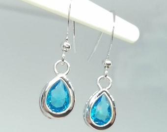 Teardrop earrings - crystal earrings - blue earrings - bridal earrings - blue crystal - wedding earrings - blue crystal earring - swarovski