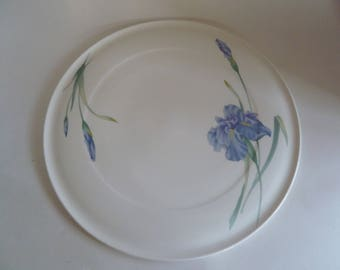 Large Cake Plate/Iris blue purple flower/mother Grandmother gift/13x14 round flat/No signs of use/Southern serving/Christopher Stuart Y1519