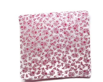 Floral fabric, floral square, quilting fabric, quilting square, red white floral, quilting supplies,fabric square, sewing supplies
