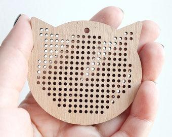 SET OF 5 - Cross stitch pendant blank Cats head  - cat blanks Wood Needlecraft Pendant, Necklace or Earrings - K3