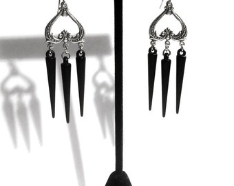Gothic Earrings // Black Spike Earrings // Gothic Jewelry // Spike Jewelry // Gothic Wedding Jewelry