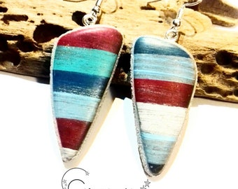 Blue and Red effect earrings worn wood - hand-made in France