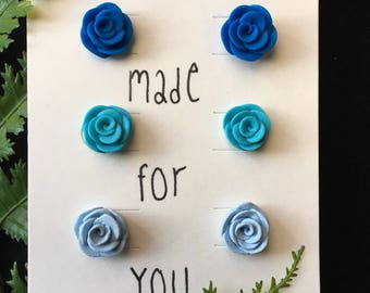 Shades of Blue Rose Bud Earring Set