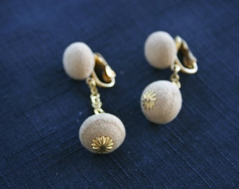Vintage Beige Felt Clip On Earrings