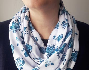 Floral Infinity Scarf, ROSIE Pattern (WHITE)