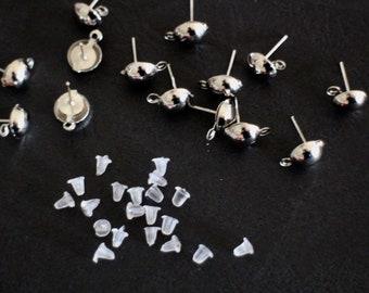 10 blank plastic STUDS EARRINGS in silver + 10 tips Stoppers