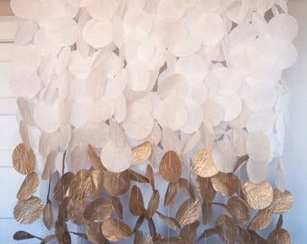 Paper Circle Garland: Gold Ombre