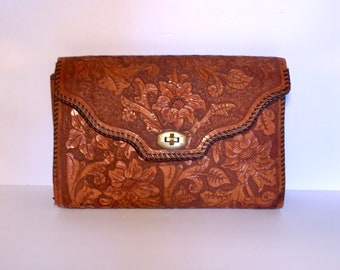 Vintage 70's tooled leather clutch purse