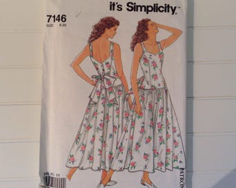 1990 It's Easy Simplicity Sewing Pattern / Misses' Gorgeous Summer Dress / Sizes 8 - 20