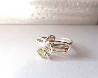 Artisan made druzy style wire wrapped unisex Peridot stone size 7 & 1/2 ring made in USA, unisex ring, green ring, rough gem silvertone ring