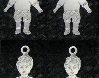 4 small prints character - Silver - Max size: 12x20mm - child # T48