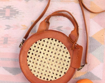 Dahlia Wicker Crossbody, Rattan Crossbody, Basket Bag, Rattan Bag, Summer Bag, vintage style bag