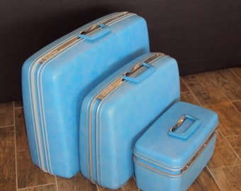 Vintage 1970s Baby Blue/Aqua Blue 3 Piece Set Samsonite Silhouette Luggage/Blue Train Case/Samsonite Suitcases/Wedding Card Holder/Display