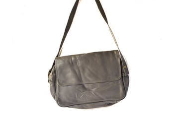 Vintage Hand Made 100% Genuine Leather Indian Charcoal Gray Shoulder Bag with Adjustable Strap and Zipper (Mandira Brand)