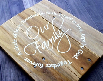 Our Family a circle of love kept by God Wood Signs Pallet Sign Living room wall decor 10x12