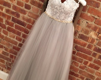 SAMPLE SALE Gray Lace Strapless Wedding Dress Vintage Boho Style