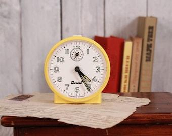 Mechanical alarm clock Jnal - Mozambique clock - Desk clock - Alarm clock - Vintage alarm clock - Table clock - Wind up clock Working clock