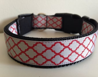 Large Gray with Red Quatrefoil 1 inch Alabama Dog Collar