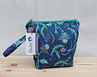 Large Insulated Flower snack bag, zippered, washable, food safe lining, school/work snack bag, grab and go, reusable, kid friendly handle