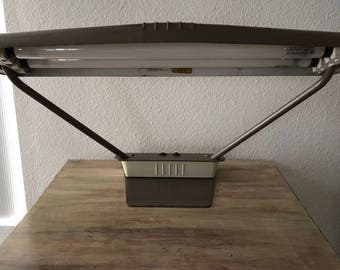 Industrial Mid-Centry Metal Desk Lamp. Working condition. Light brown metal enamel.