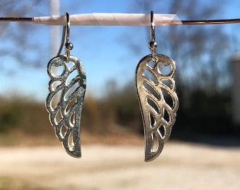Wing earrings, charm earrings, silver plated earrings, dangle earrings, drop earrings, wing jewelry, angel wing earrings, angel earrings