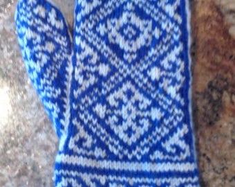 Ladies Long Cuff Design Mittens