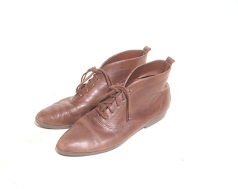 Vintage 1990s Brown Ankle Latinas Lace Up Boots size 8