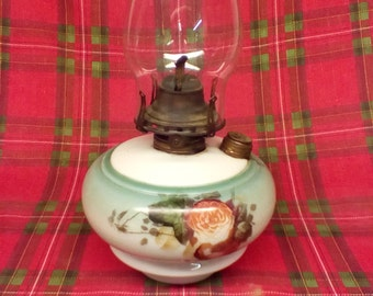 Queen Anne 2 oil lamp