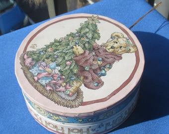 Retro Boyd Bear Cardboard Box Christmas Ornament