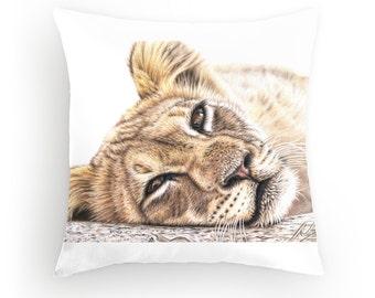 Lion Pillow 40 x 40 cm - Lion pillow with filling