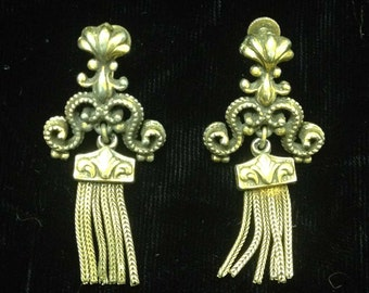 Vintage Screw-back Chandelier Earrings