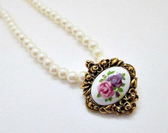Avon Victorian Romance Porcelain Vintage Necklace - Pearl and Porcelain Jewelry - Wedding Necklace Jewelry