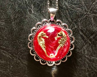 Real Pregnant Kissy Seahorse Resin Rose Glass Bubble Dome Specimen Mummified Cruelty Free Taxidermy Necklace Vulture Culture
