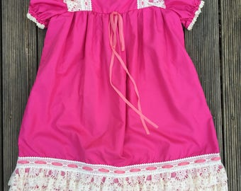 Vintage/retro girls maxi dress, dark pink with lace detailing. Approx size 4.