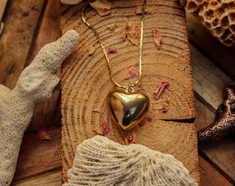Vintage Heart of Gold Necklace