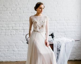 Grace bohemian wedding dress / wedding dress / open back