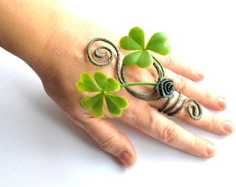 Lucky four leaf clover ring woodland fairy Irish costume