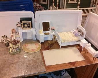 High quality beautiful dollhouse  bedroom set lot w/ white hand dressed bed painted fireplace doll vanity night stand rug flowers chair 1/12