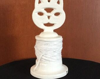 Vintage Cast Iron White Cat String Holder/Dispenser