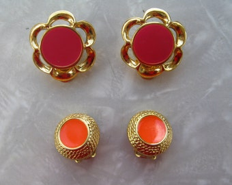 60s / 70s Signed JS Clip Earrings / 2 Pairs