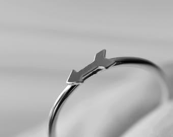Arrow Ring, Tiny Arrow Ring, Sterling Silver Arrow Ring, Goldfill Arrow Ring, Simple Arrow Ring, Directional Ring, Boho Arrow Ring, Gift