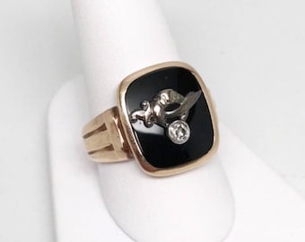 Vintage 10k Gold Gentleman's Masonic Fraternal Order Diamond Solitaire Temple Ring Featuring Inlaid Black Onyx Design