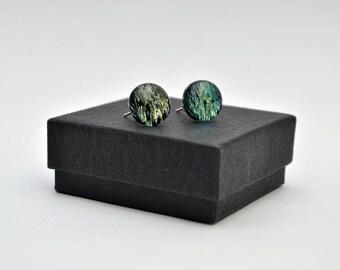Gold crinklized dichroic stud earrings