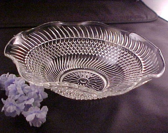 "Vintage Clear Bowl with Swirl and Diamond Design, 7 1/2"" Crystal Serving Bowl With Crimped Top"