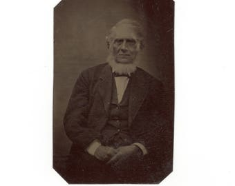 Old man with white beard antique tintype photo