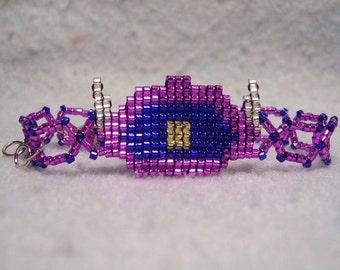 Shockwave Bracelet, somewhat subtle shiny beadwoven geekery