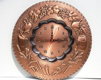 Clock In embossed copper with reason 4 seasons to hang on the wall.