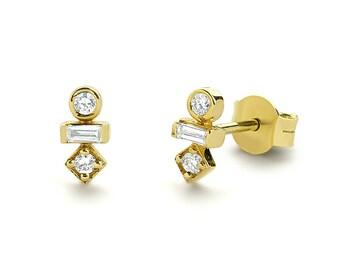 Baguette Diamond Earrings/ 14k Gold Baguette and Round Cut Diamond Earrings/ Minimalist Baguette Earrings/ Mix Diamond Earrings/ Graduation